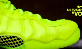 "NIKE AIR FOAMPOSITE PRO ""Volt Black""入荷☆"