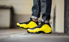 "NIKE AIR FOAMPOSITE ONE LE ""Yellow""入荷☆"