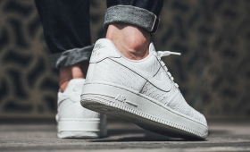 "NIKE AIR FORCE 1 '07 LV8 ""Triple White Snake""入荷☆"