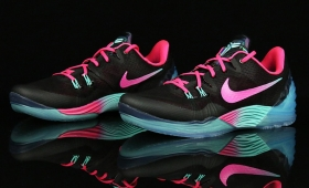 "NIKE ZOOM KOBE VENOMENON 5 EP ""Black Pink South Beach""入荷☆"
