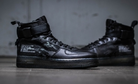 NIKE SF AIR FORCE 1 MID QS入荷☆