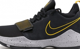 "NIKE PG 1 EP ""Black and University Gold""入荷☆"