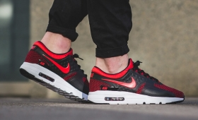 "NIKE AIR MAX ZERO ESSENTIAL ""UNIV RED""入荷☆"