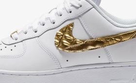 "CRISTIANO RONALDO × NIKE AIR FORCE 1 LOW CR7 ""Golden Patchwork""入荷☆"