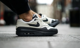 "【海外カラー】NIKE AIR MAX 1 PREMIUM ""Sail Dark Grey""入荷☆"