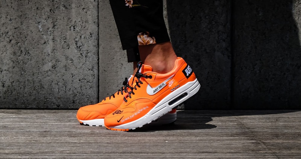 "NIKE WMNS AIR MAX 1 LUX ""JUST DO IT"" ORANGE入荷☆"