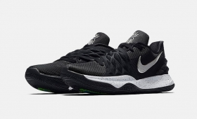 NIKE KYRIE LOW EP入荷☆