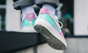 "NIKE AIR FORCE 1 ""Easter""入荷☆"