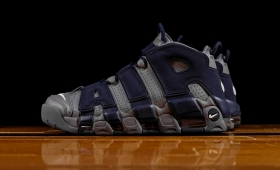 "NIKE AIR MORE UPTEMPO ""Georgetown Hoyas""入荷☆"