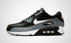 "【海外カラー】NIKE AIR MAX 90 ESSENTIAL ""BLACK GREY""入荷☆"